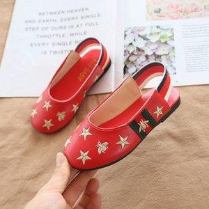 Crianças de Verão Sandálias meninas Designer Estrela com abelha Bordado peincess deslizamento Luxury Shoes Girls on Shoes Moda Sandals Top QUANLITY