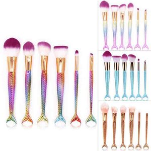 Mermaid Tail Maquillaje Pinceles Set Coloful Blush Foundation Cosmética Mermaid Brush Maquillaje Belleza Contorno Fish Tail Brush 6pcs / set RRA1295