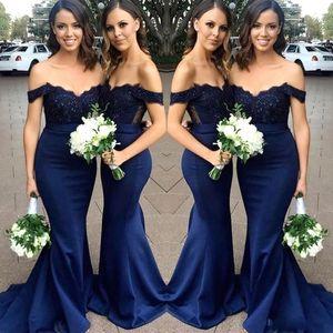 Barato 2020 vestidos de dama Azul marino encaje Cap Bohemia gasa de las mangas de raso huésped de la boda vestidos de jardín Criada de los vestidos