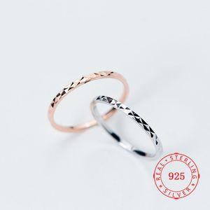 Haute qualité véritable argent 925 Gypsophila bague simple mince femme estampillé S925 bijoux cadeau pour les filles Chine Wholesale
