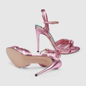 Envío gratis 2019 modelos de pasarela de cuero Lucky Classic Sexy lip Snake Toe abierto boda 10.5 CM Stiletto Tacones altos Sandalia rosa 34-43 01