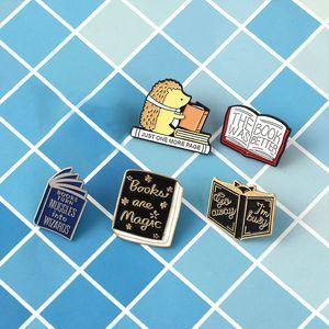 Carino stile punk di libro dell'annata metallo Kawaii dello smalto Pin Badge Bottoni Spilla shirt Giacca di jeans Bag Spille decorativi per le donne Ragazze