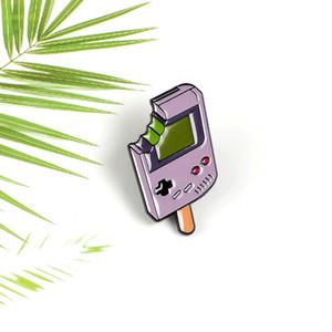 Kreative Form Essen Ein Biss Ice Cream Video-Spiel-Maschine Pins Popsicle Snacks Für Kinder Schmuck Bekleidung Accessoires Ornament.
