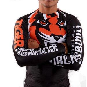 Venda Hot Men MMA Muay Thai Boxing Rashguard de mangas compridas Swimwear apertado Luta estiramento de Fitness respirável Kickboxing Rashguard Boxing Robes