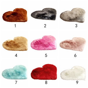 Mini Love Heart Plush Rug Home Bedroom Soft Imitation Wool Carpet Kids Playing Mat Wool Long Plush Nursery Room Decoration Pro