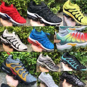 Nike Air Vapormax Plus TN BETRUE Running Shoes Hommes Chaussures Femmes Chaussures Mesh Bonne qualité Blanc Noir Nouvel arrivage EUR 36-45 Drop Shipping