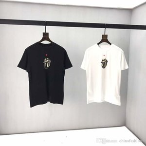 Новый 2020 O-образным вырезом мужские Tshirts Черный Белый Мода лето Мужчины футболки лето хлопок Тис Скейтборд Hip Hop Streetwear T Рубашки top3
