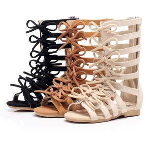 Sandalias infantiles en el precio del verano Chicas baratas Sandalias de gladiador infantil Zapatos de moda Marrón Negro Sandalias romanas