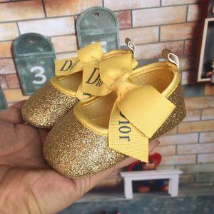 2019 Novo Bebê Menina Sapatos Bonitos Princesa Bowknot Kid Anti-slip Em Sapatos 0-18 Meses Berço Da Criança Primeiros Caminhantes