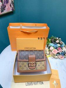 Mulheres Genuiner bolsa de couro Senhoras bolsas Marca de Qualidade Messenger Bags pequena fêmea Tote Bag Crossbody