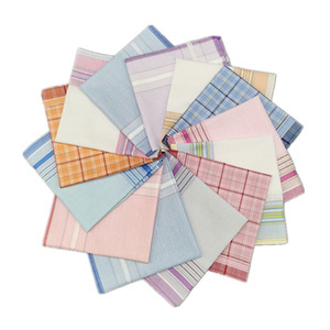 Moda Retro pañuelo Plaid Stripe Jacquard cuadrado en forma de bolsillo portátil servilleta impresa pañuelo para hombres mujeres 28*28 cm 2ys E19