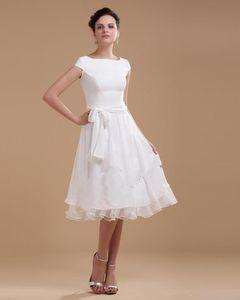2020 Nouvelle mancherons en mousseline de soie uni Overlay dentelle Top longueur au genou avec une longueur de genou robe de mariée vintage longue Sash robe de mariage 427