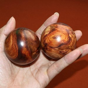 1Pair Natural China Hainan Huanghua pear Handball Scented rosewood health sphere