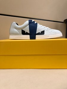 2020 new men's fashion all-match comfortable casual white shoes, daily travel all-match casual sports shoes flat shoes