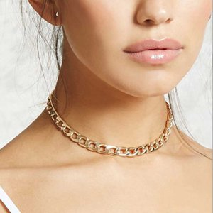Necklaces Short Jewelry Womans Clavicle Necklace Female Pendant Heart Fashion Lovers Gold Color Vintage Elegant Alloy Collier