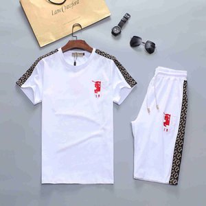 5 pieces free DHL Men Clothing Sets Short Sleeve Printing Tracksuits 2 PCS Mens Casual Summer Wear Medusa Clothing Set