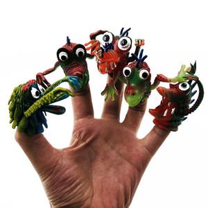 Halloween Monster Finger Puppets Story Kids Divertidos PVC Finger toys time Velvet Puppets 5 pcs surtidos