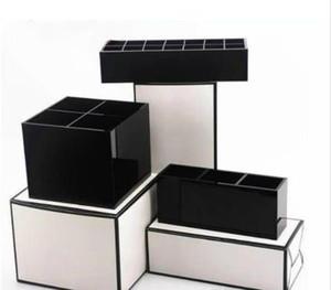 2019 Novo clássico CC Acrílico Toiletry Storage Box Caixas De Armazenamento De Acessórios De Cosméticos Mulheres Exquisite Maquiagem Ferramentas Organizador presente vip