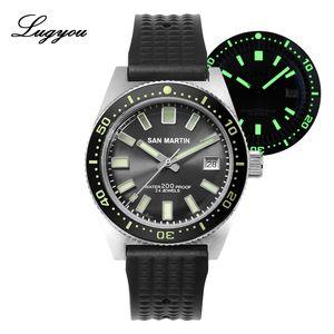Men Watch Lugyou San Martin 62Mas Diver meccanico automatico in acciaio inossidabile NH35 lunetta in ceramica Sunray Quadrante gomma vetro minerale LY191213