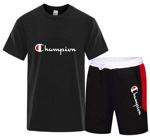 2020 Moda Sportsuit ve Tee Gömlek Seti Erkek T Shirt Şort + Kısa Pantolon Erkekler Yaz Eşofman Erkekler Rasgele Tee Gömlek beyaz kırmızı