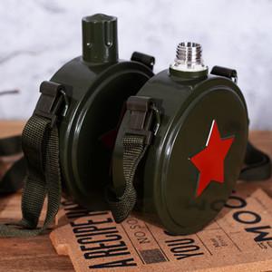 560 / 800ml Paslanmaz çelik 304 Hip Flask Kamuflaj Ordu Flagon Kamp Bisiklet My Su Şişesi T200102 açık askeri su ısıtıcısı spor