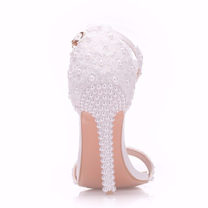 Crystal Queen Pearl Lace Thin High Heels White Flowers Bridal Sandals Women Summer Up Wedding Shoes Woman Y200620