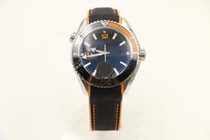 44mm Sport Mens Men Watch guarda l'orologio automatico meccanico trasparente Glass Auto Data orologio da polso fibbia pieghevole On Sale FU123