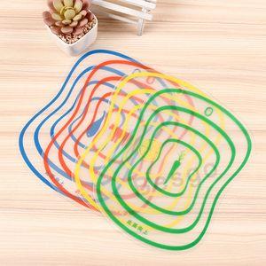 Kunststoff-Schneidebrett nicht Beleg Frosted Küche Schneidebrett Gemüse Fleisch Cutting Tools Küchenzubehör Schneidebretter DBC BH2817