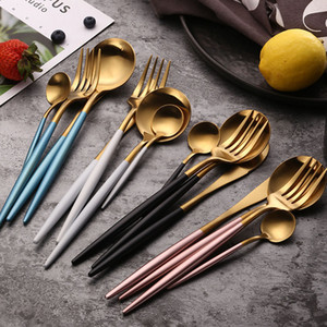 304 Rosa Bianco Dinnerware Set in acciaio inox Posate Steak Knife Set Forcella cucchiaio di caffè Cucchiaino posate da tavola della cucina Silverwar