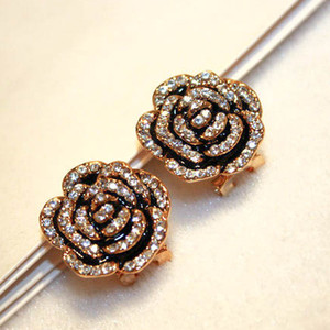 Super Glittering new hot ins fashion luxury designer elegant camellia flower diamond stud earrings for woman girls