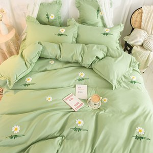 Designer summer bed sheet refreshment daisy embroidery falbala Four-piece suit no core dust ruffle Pale green and pink Comfortable soft safe