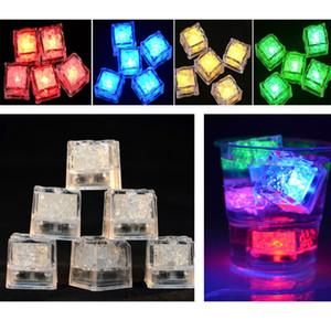 Geführter Eiswürfel-Blitz-langsamer fluoreszierender Block-selbst ändernde Kristallwürfel für Bar-Partei, die Valentine Day XMAS Lieferant DHL-Schiff HH7-968