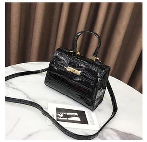 Designer-Handtaschen Leder-Handtaschen-Krokodil-Druck Carrie Bag Herbst Neueste Handtasche schürzt Luxus der Frauen ein Schulter-SlantZ