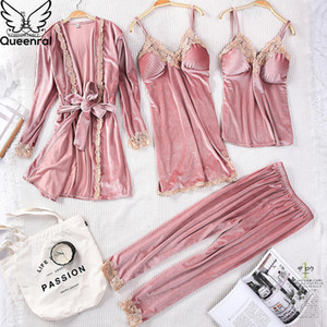 Conjuntos Queenral 4PCS Inverno Pijamas de mulher Pijamas Lingerie pijama quente de veludo ouro Pijamas Sexy Lace Robe Pijamas Roupa de Noite Y200425