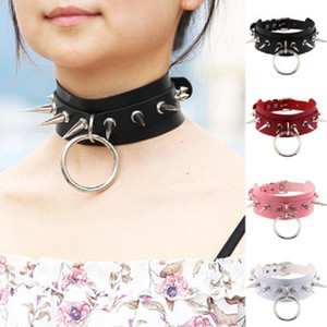 Gioielli Chocker collane del pendente Unisex Moda punk Gothic Rock esagerata Rivet in pelle collana Rivetto Cono Stud Punk