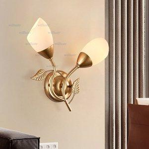 Süt Beyaz Cam Aplik Black Gold Metal Lamba Hotel Cafe Mağaza Koridor Sundurma Salon Başucu Yaratıcı Demir Yaprak Aydınlatma