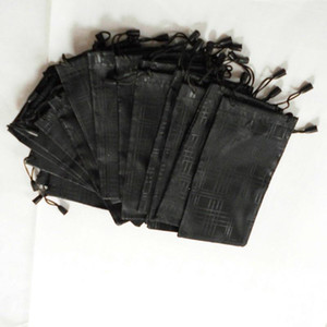 500 pcs / lot Lunettes Housse étanche en tissu à carreaux Lunettes de soleil Sac Lunettes Pouch Couleur Noir Livraison gratuite