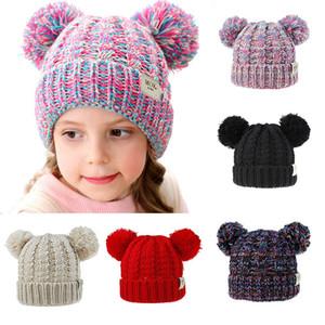 12 Stiller Kız bebekler Örme Cap Kid Crochet Pom kasketleri Şapka Çift Kürk Topu Şapkalar Çocuk Örme Dış Çocuk Aksesuar M315 Caps