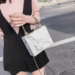 Сумки для женщин Оригинального дизайна сумка одного плеча Падающих цепей коробки сумки