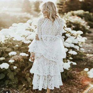 Mulheres Vestidos Trumpet luva elegante Ruffled mangas vestido Francês Retro longa da luva Lace O-pescoço Vestido Primavera Vestido Moda Temperamento
