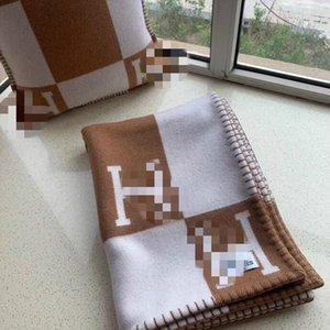 GRANDE VENDITA avere lana Sacchetto polvere migliore Quailty H coperta marrone e cuscino per letti Divano plaid in pile portatile aria condizionata di viaggio
