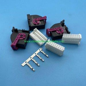 18 Pin 5Q0 972 718A ECU 5Q0972718A Automobile Instrument Socket Automotive Conenctor car
