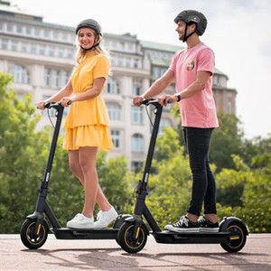 G30 15.3Ah 36V 350W Electric Scooter Fixed Speed 30km h Top Speed 65km Mileage Range Quick Folding Three Riding Mode