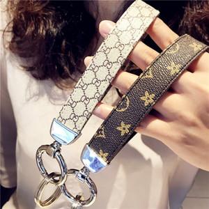 Cadeias de moda chave do carro Mulheres bolsa pingente Decoração chave de fivela fashion anel chave Chaveiros 2 Cores