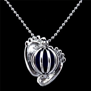Baby Foot Locket Necklace Beads Cage Aromatherapy Beautifully Essential Oil Silver Pendants Necklace Photo Frames Open Locket Necklace