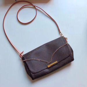 Favorito cadeia MM bolsa M40718 Mulheres elegantes Ouro Curto Shoulder Bag gravado Frente Placa Leather Strap Cruz Corpo Lady Bag