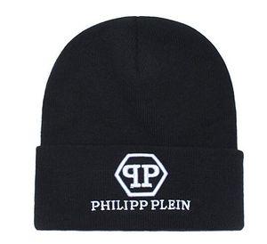 Unisex PP Trendy Hüte Winter-Strick-Pelz-Poms Beanie Etikett Fedora Luxus Kabel Slouchy Caps Schädel Mode Freizeit gorro Beanie im Freien Hut