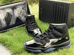 2019 Best Cap And Gown 11 Prom Night Blackout 11S XI Basketball Shoes Men Authentic Real Carbon Fiber Sports Sneakers without box