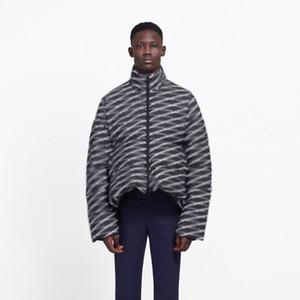 19FW completa Impreso por la chaqueta de alta calidad a corto Sección Calle Coats ropa de invierno cálido algodón chaquetas al aire libre HFYMYRF048