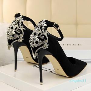Sıcak satış-Kadınlar yüksek topuklu Ayak bileği toka kayış ayakkabı Kadın Seksi Stiletto Crytasl kapak topuk Matkap Moda Kırmızı Düğün pompasını bling sivri